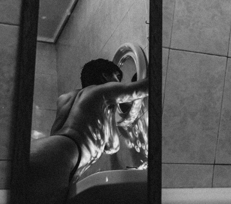 mirror mirror artistic nude photo by artist raquel pereira