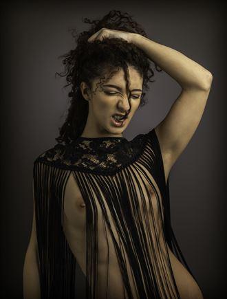 mischkah studio lighting photo by photographer tony mulvenna