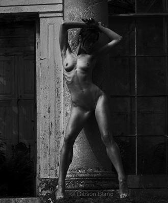 miss lopez artistic nude photo by photographer gibson