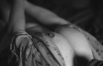 missed the focus artistic nude photo by photographer phoenix flower