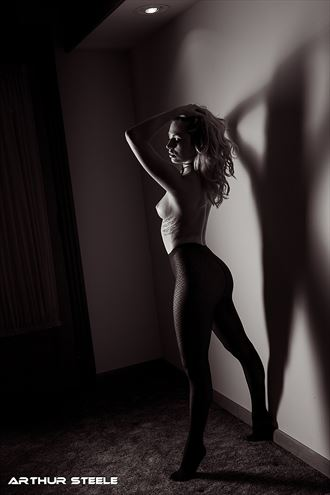 model and shadow artistic nude photo by photographer arthur_steele