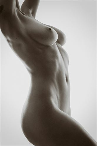 model emma artistic nude photo by photographer nederdans