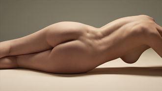 model maya artistic nude photo by photographer nederdans