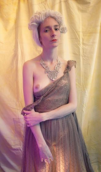 model roxane perez artistic nude photo by artist lionel baillemont