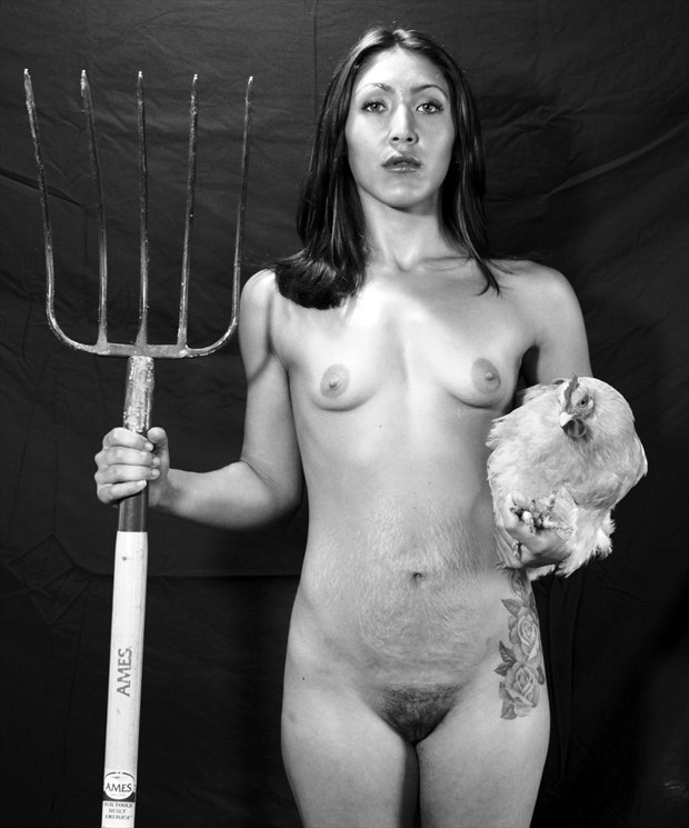 modern american gothic Artistic Nude Photo by Model Lior Allay