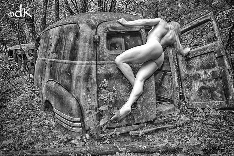 moontown artistic nude photo by photographer dennis keim