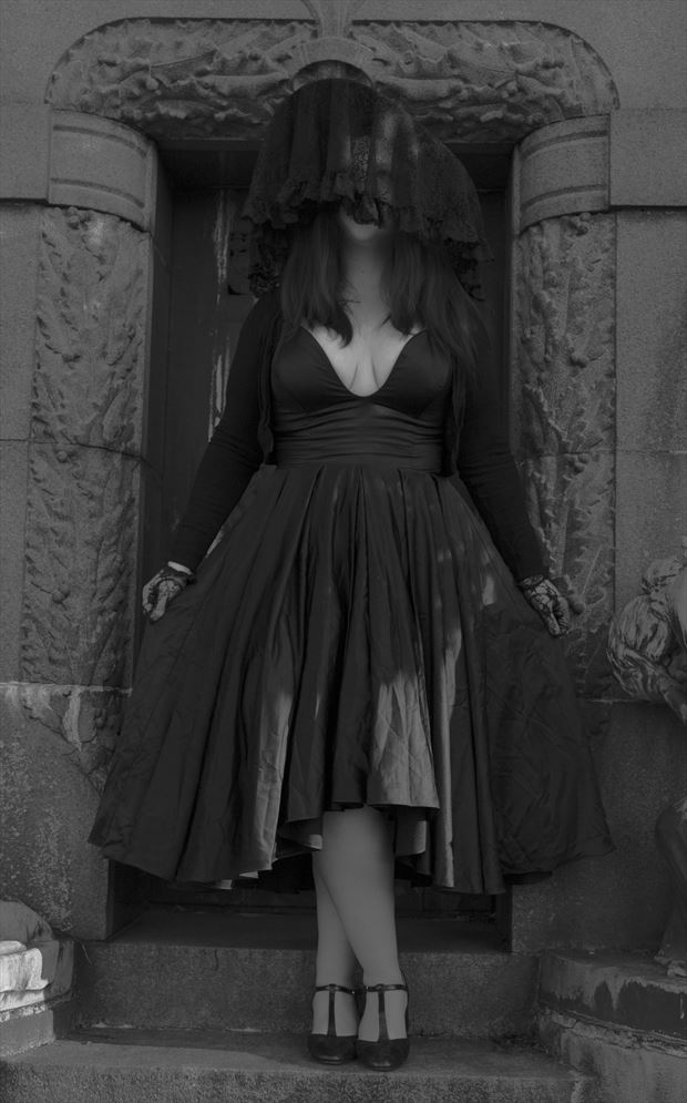 mourning i glamour artwork by photographer patrik lee andersson