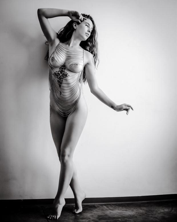 movement 1 artistic nude photo by photographer maia