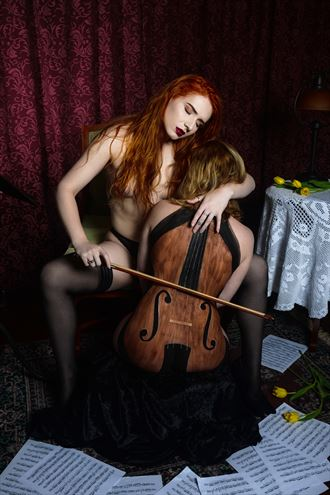 music hath charmsto soothe the savage breast artistic nude photo by photographer david lintz