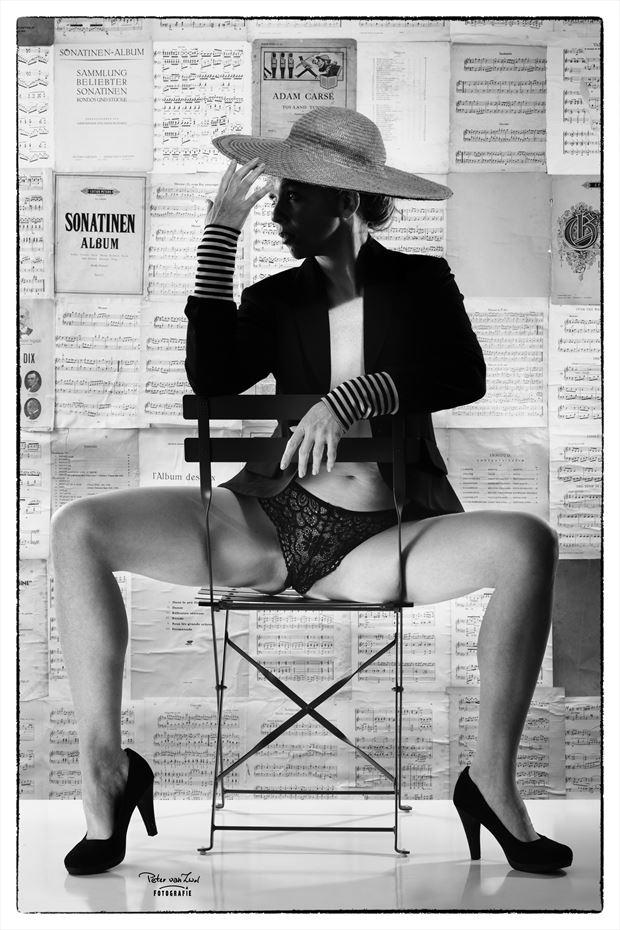 my favorite seat artistic nude photo by photographer peter van zwol