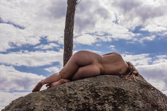 nai artistic nude photo by photographer leandro pena