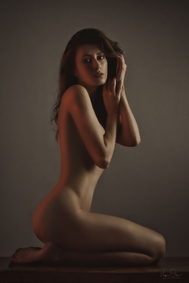 natural artistic nude photo by photographer photonumerik
