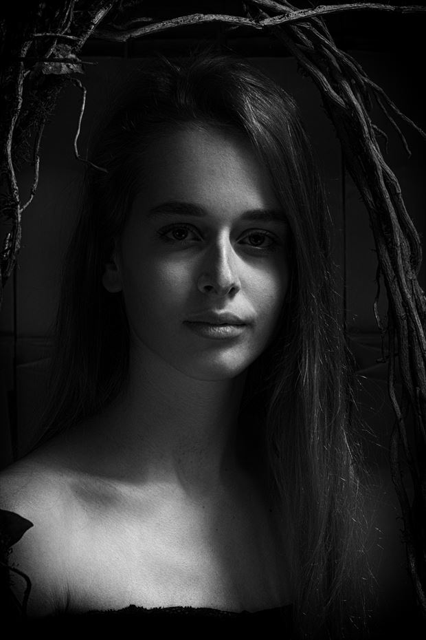 natural beauty portrait photo by photographer peter van zwol