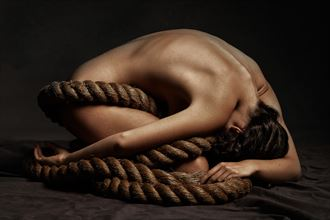 neave artistic nude photo by photographer ray fritz