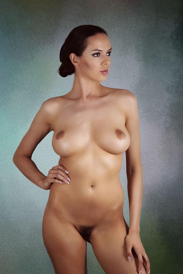 Be model nackt miri Miri Nude