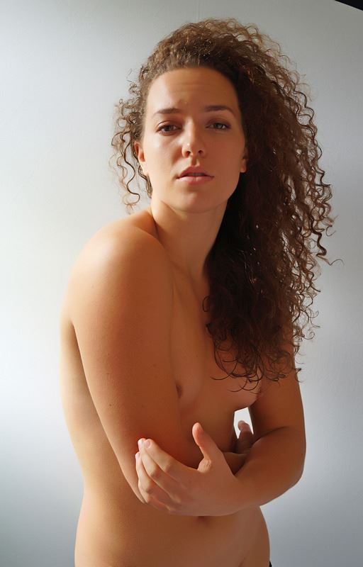 noble stance artistic nude photo by photographer bill moisuk