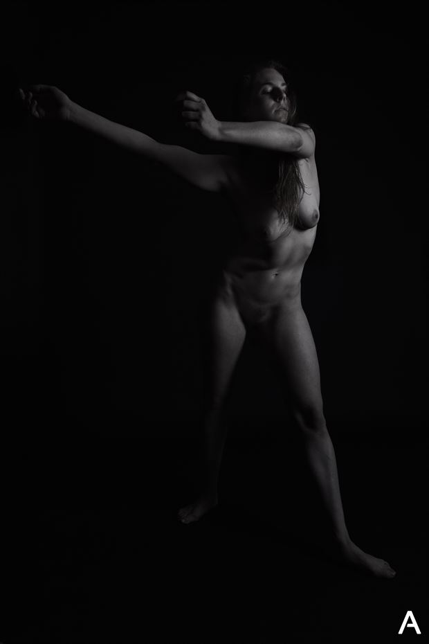 noir artistic nude photo by photographer apetura