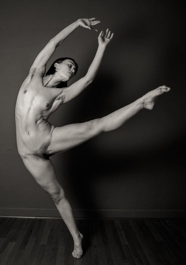 nude dance lovinia moon artistic nude photo by photographer risen phoenix