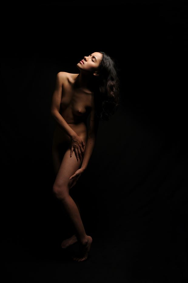 nude figure study photo by photographer barryg