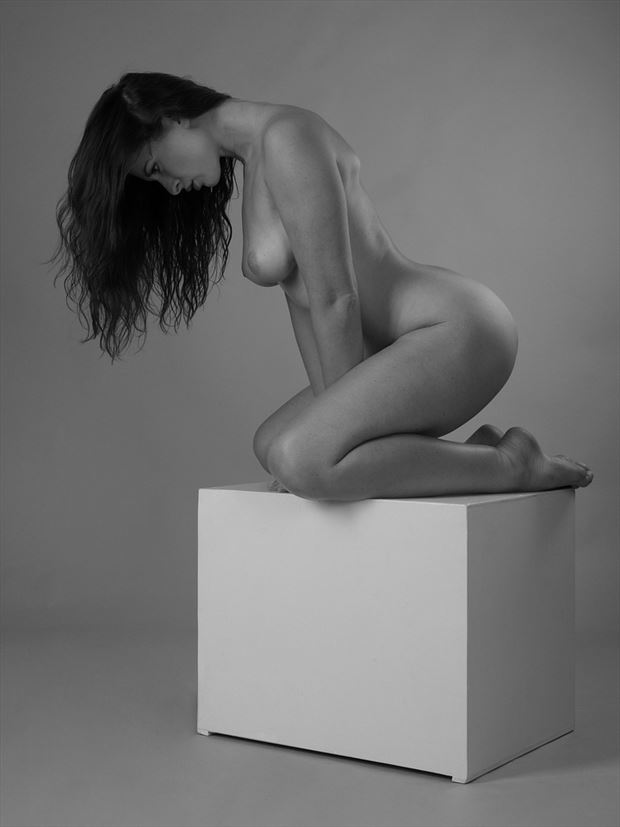 nude on a cube artistic nude photo by photographer anders bildmakare