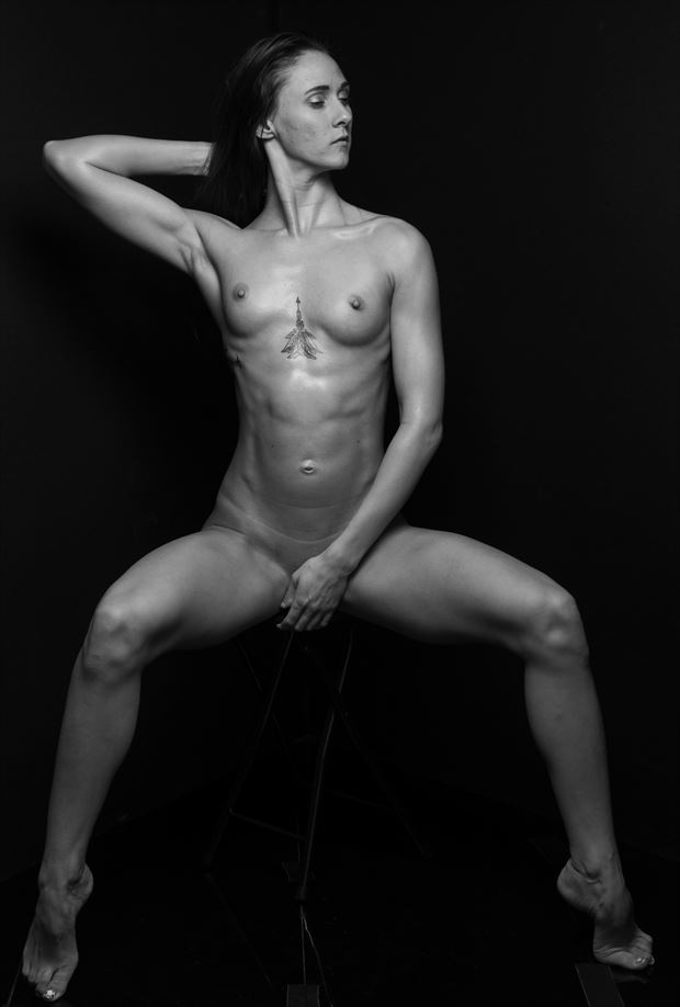 nude work portrait photo by photographer rlartnudes