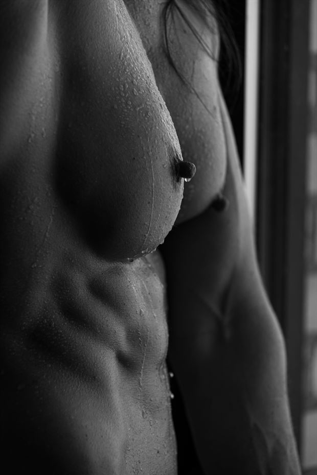 nude work portrait photo by photographer ronnie louis photograghy