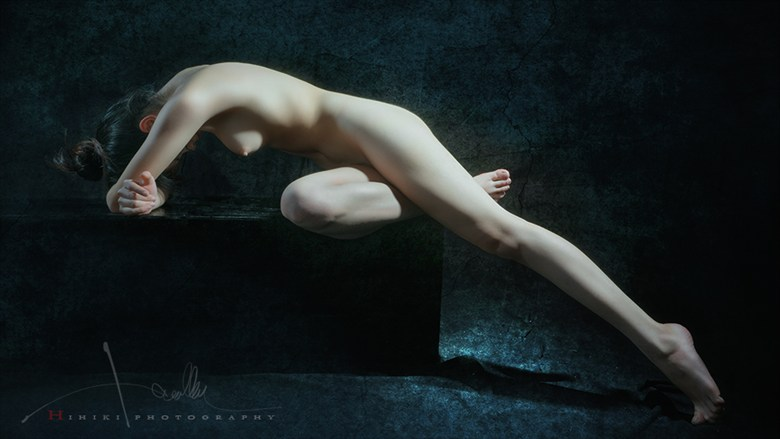 o+ Artistic Nude Photo by Photographer Trinh Xuan Hai