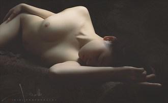 o+ Artistic Nude Photo by Photographer Trinh Xuan Hai