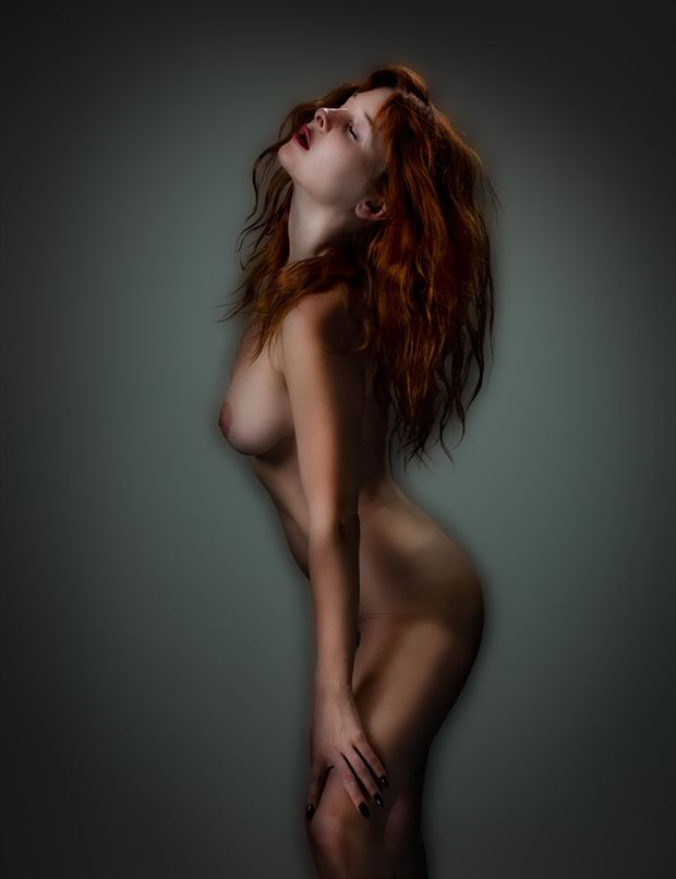 odette 7307 artistic nude artwork by photographer thatzkatz