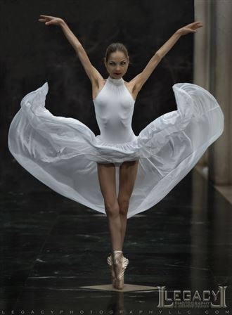 on pointe sensual photo by photographer legacyphotographyllc