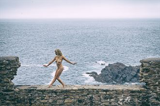 on the edge artistic nude photo by model selkie