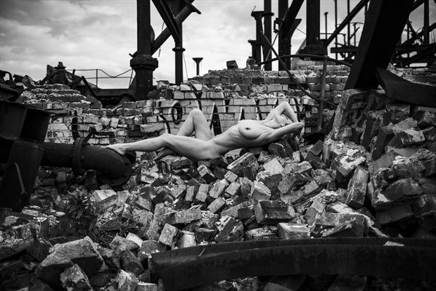 on the scrapheap artistic nude photo by model helen saunders
