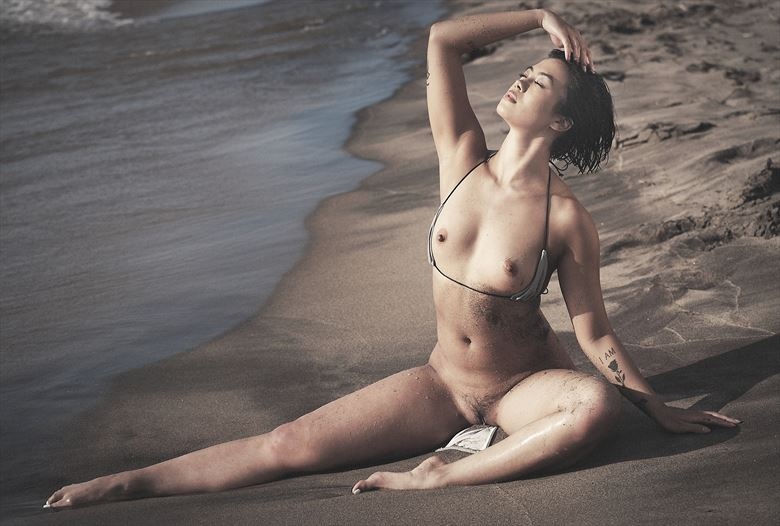 on the shore artistic nude photo by photographer stromephoto