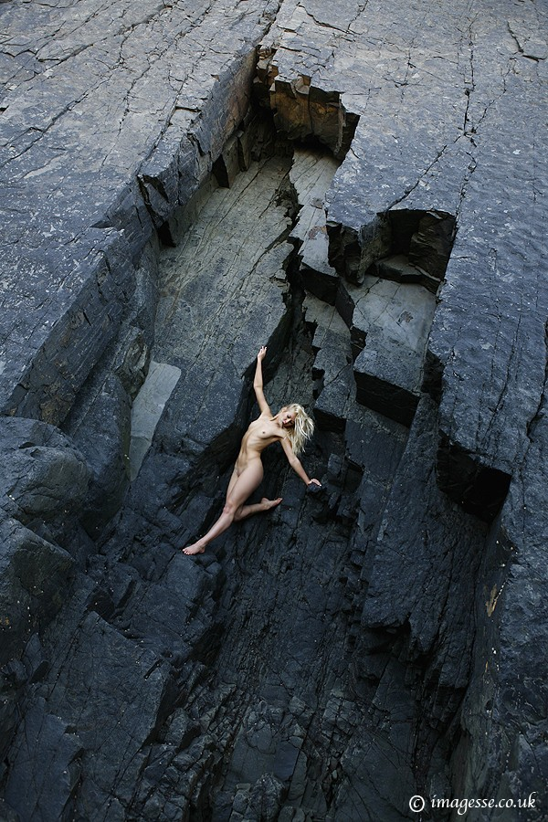one giant leap Artistic Nude Photo by Photographer imagesse