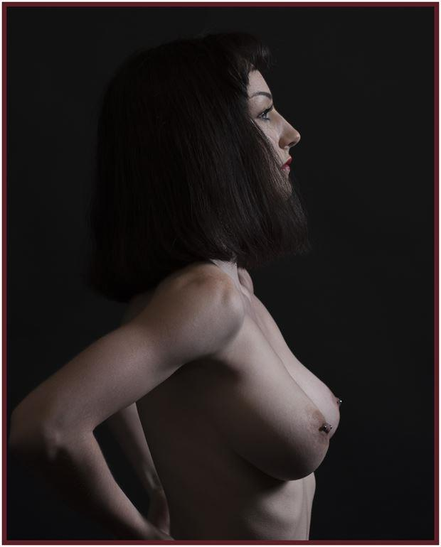 one profile artistic nude photo by photographer tommy 2 s