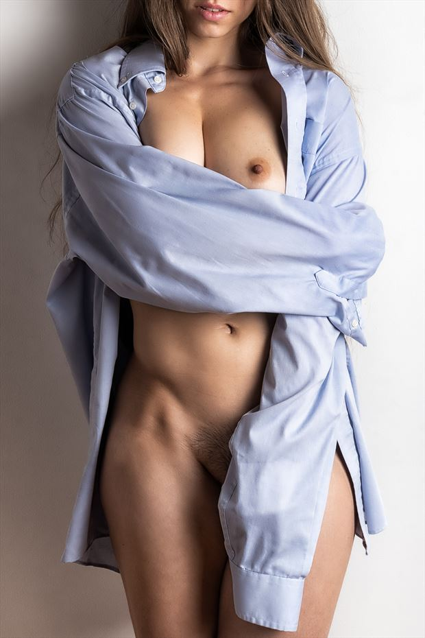 out of the blue artistic nude photo by photographer rick jolson