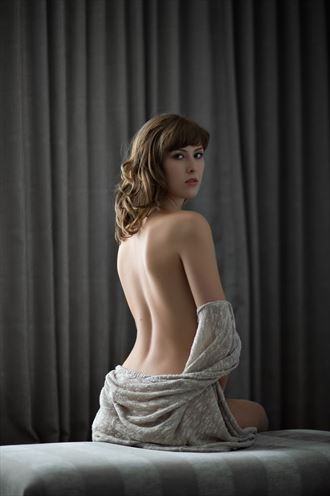 over the shoulder implied nude photo by photographer ciaran