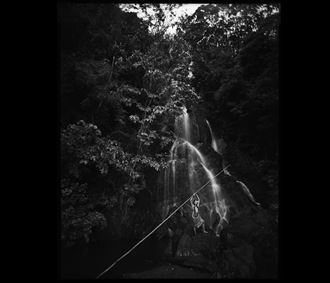 pali waterfall artistic nude photo by photographer arbeit photo hawaii
