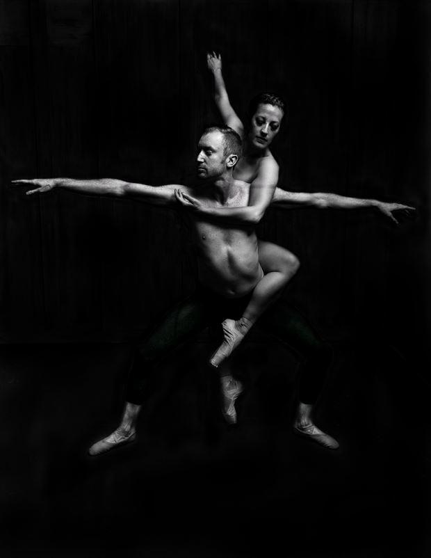 pas de deux studio lighting photo by model priminaballerina