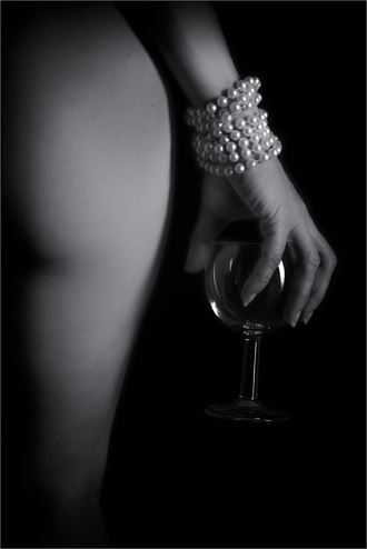 pearls before wine artistic nude photo by photographer dave belsham