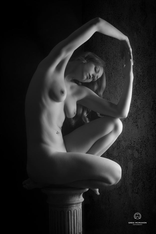 pedestal artistic nude photo by model alice unleashed