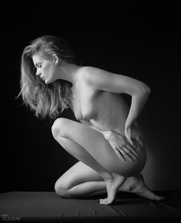 perfect poise artistic nude photo by photographer proton
