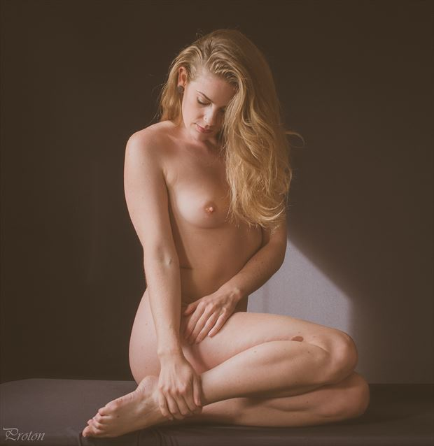 perfection artistic nude photo by photographer proton