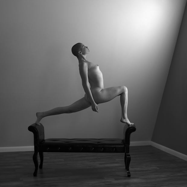 perrin marie 2 artistic nude photo by photographer linda hollinger