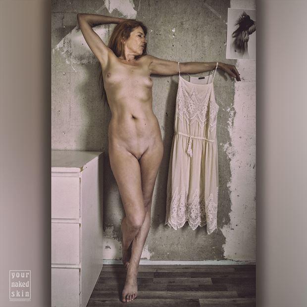 photographer mynakedskin artistic nude photo by model model heidi