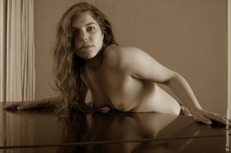 piano lessons iii artistic nude photo by photographer benedikt wohlleben