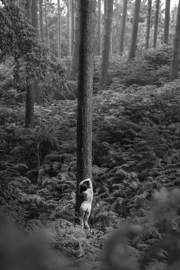 pillars artistic nude photo by photographer talisk