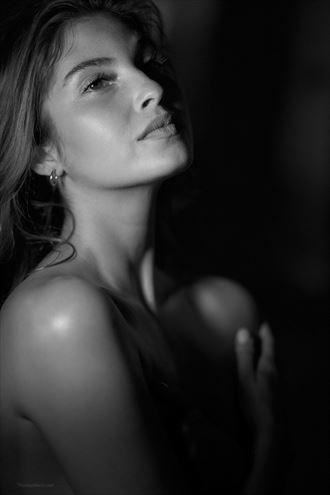 porttrait glamour artwork by photographer thomas berlin