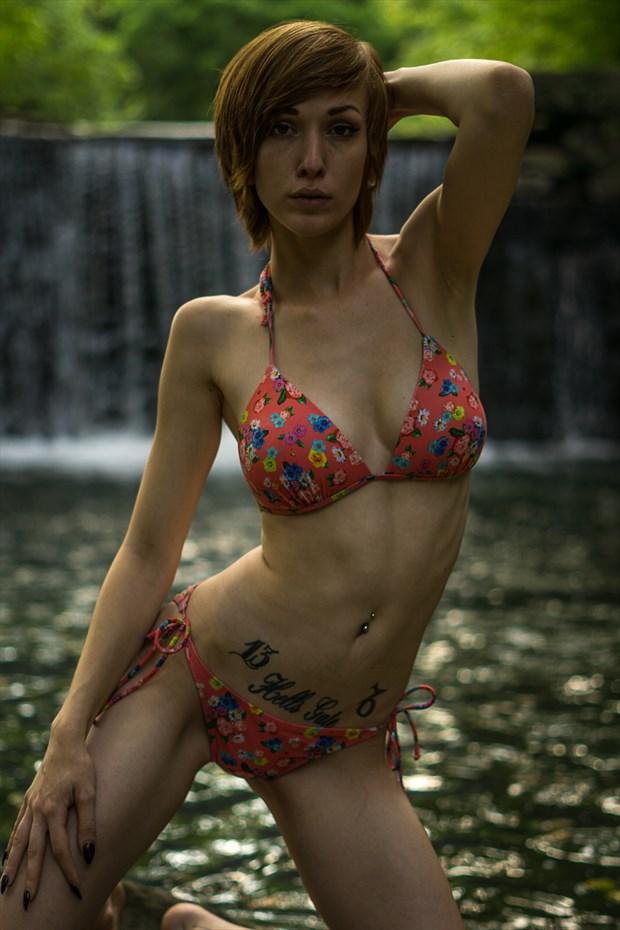 pose Bikini Photo by Model Saturn Werde