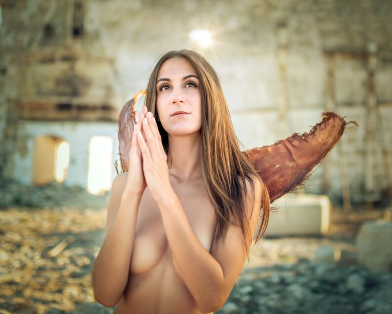 praying angel implied nude photo by photographer xecbagur